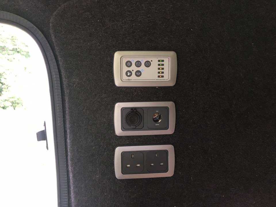 Mercedes_Vito_Camper_Van_Power_Controls.jpg