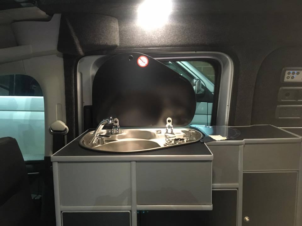 VW_Caddy_Maxi_Conversion_Sink_and_Hob.jpg