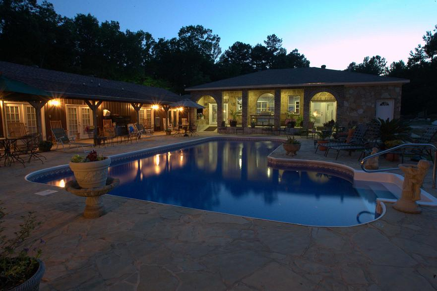 hotel accommodations - Experience Mena, Arkansas and stay with us at Mena Mountain Resort!