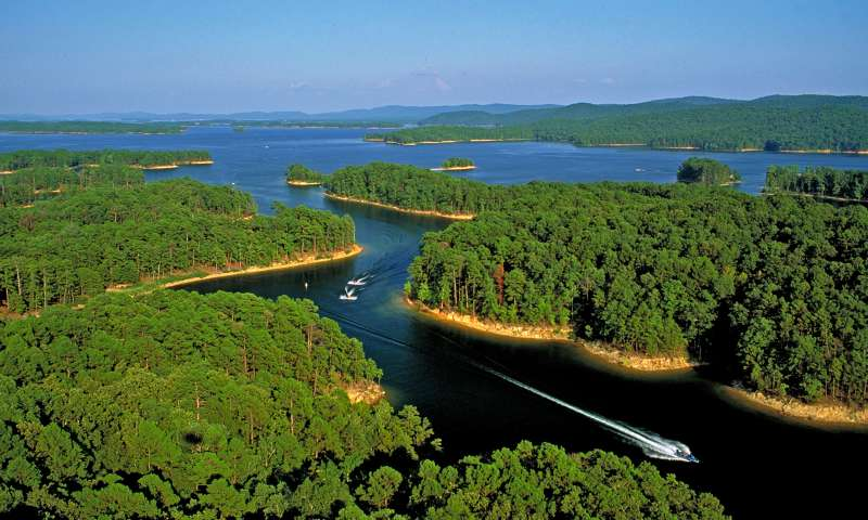 Lakes - Take your boat to go skiing, fishing and camping. Lake Ouachita is just a 45 minute drive from Mena.