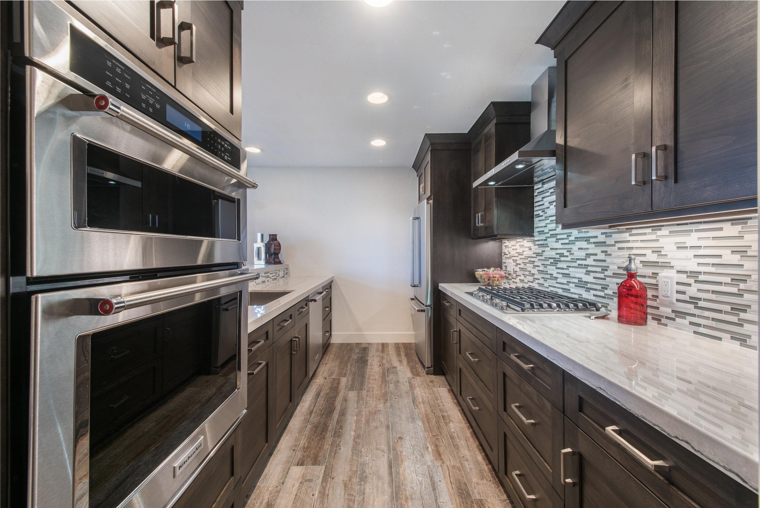 Photo-23-Kitchen-023.jpg