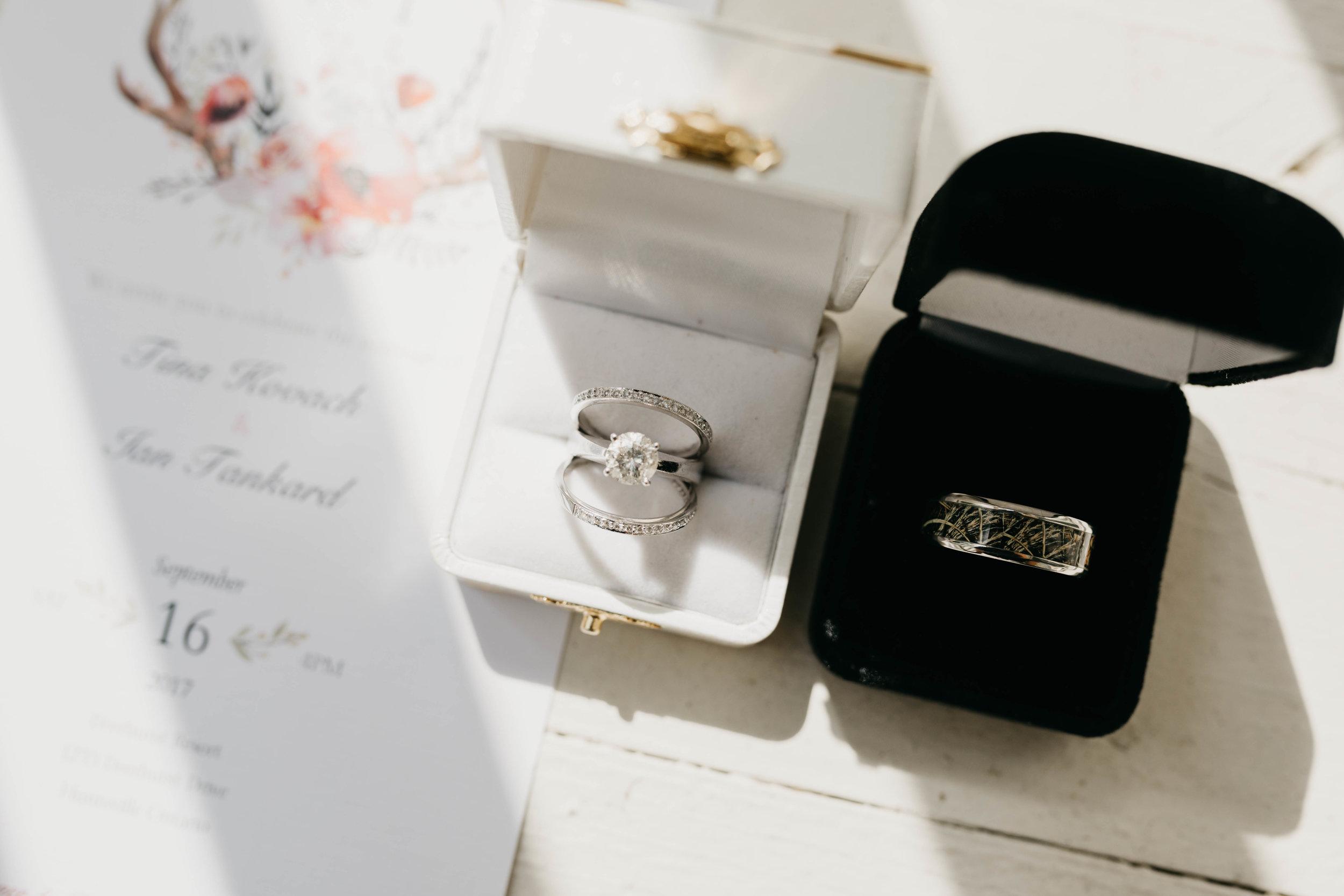 T&I_GettingReady_Wedding-111.jpg