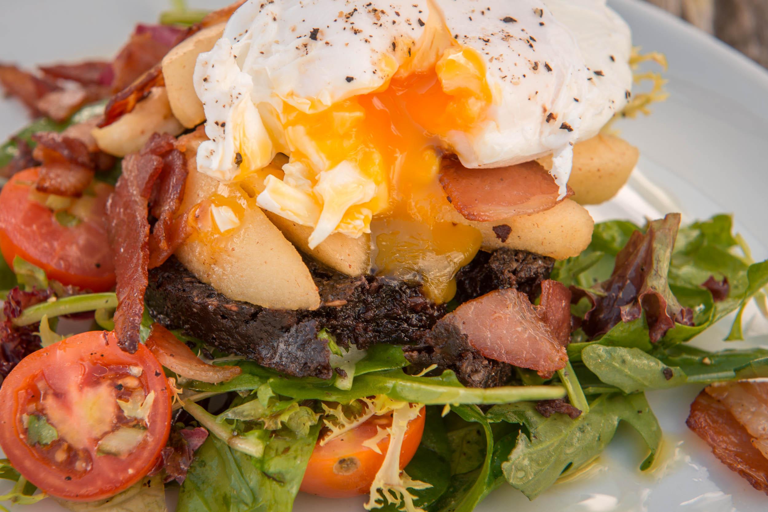 Food & Drink, Oak Tree Inn, Balmaha, Loch Lomond