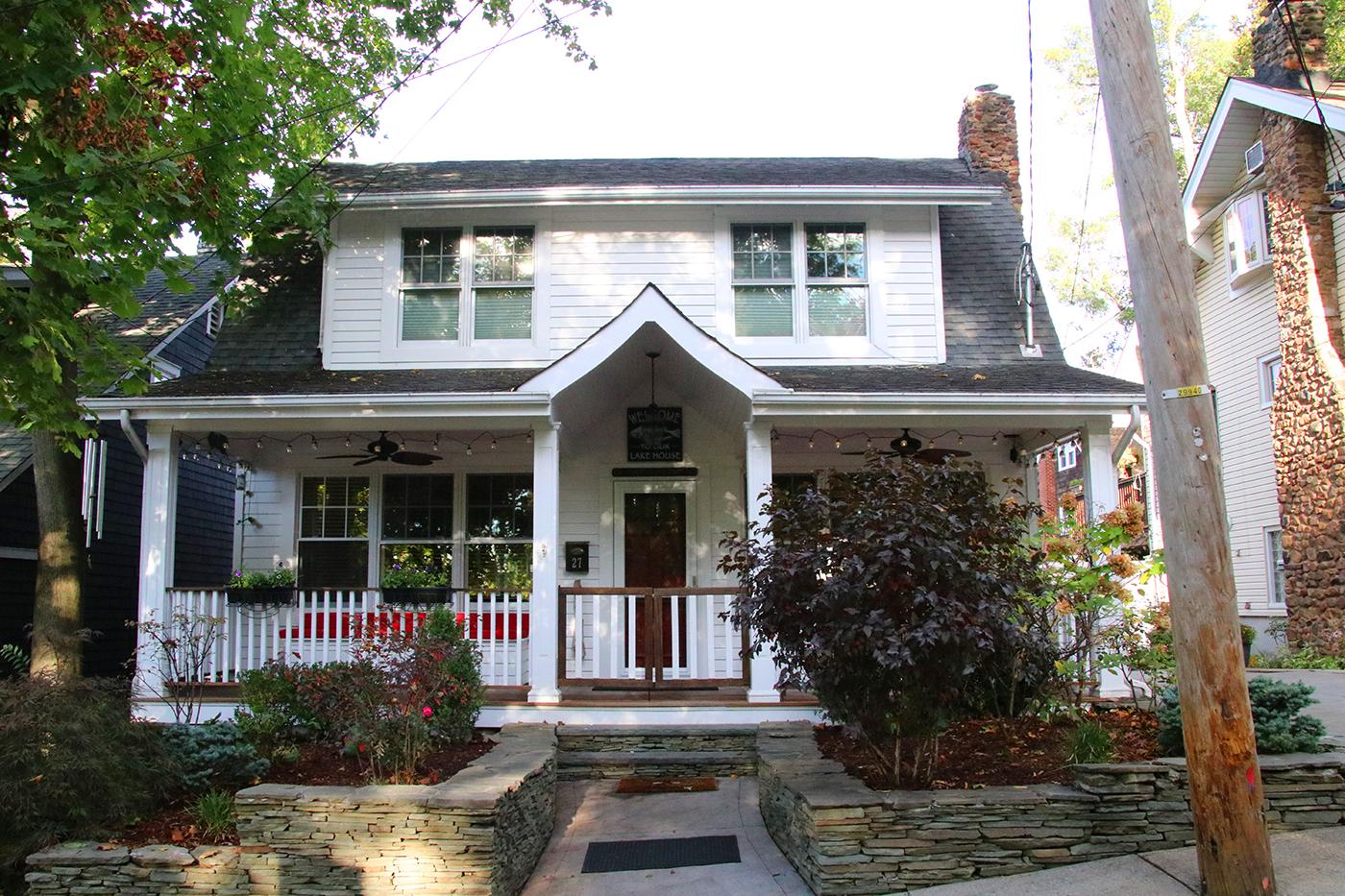 27 Lakeview Terr. - GrasmereResidential Sale ListingRepresented Seller