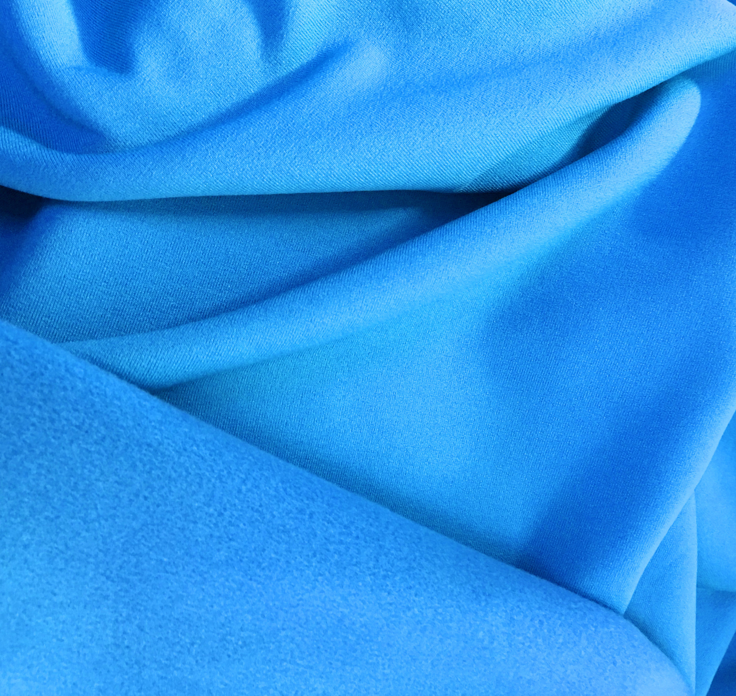 POWER CORE FABRIC - Our famous POWER CORE FABRIC is the most popular Winter Woolies fabric. It's an insulating, 4-way stretch fabric that warms to your body temperature. The inside is a highly brushed layer of coziness and the outside is a sleek matte finish. This fabric provides optimum comfort and excellent body-hugging warmth. It's breathable and antibacterial, has great wicking qualities and optimum retention and recovery for no bag, no sag fit!