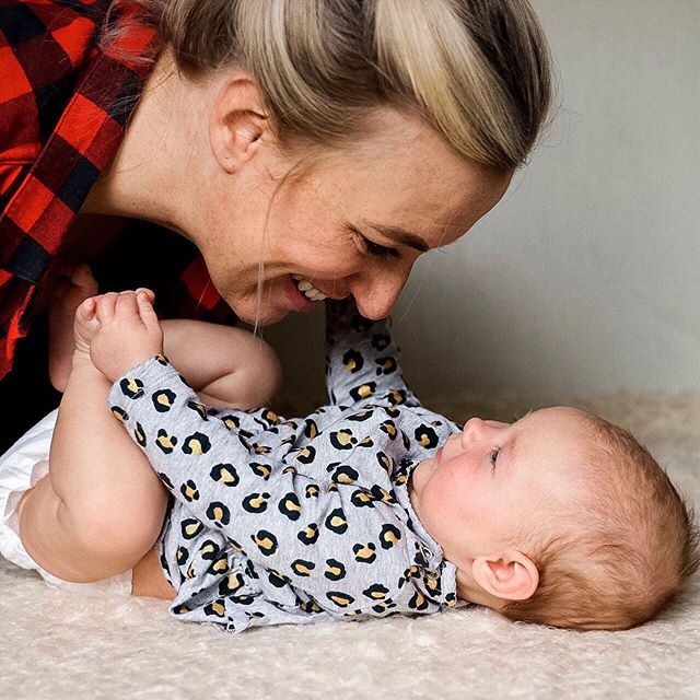 "What is cuddly playtime with your newborn to a three month old baby? It is the time together after each feeding and it is an important ingredient in the ""falling in love"" attachment process. ⠀ ⠀ With your baby on your lap facing you, stare into each other's eyes, smell each other, answer your baby's vocalizations. Your baby loves staring at your eyes, nose, hairline, teeth and smile, and loves to hear your voice. ⠀  Babies need equal time, when possible, to cuddle like this with dad as well as with mom.  #parenting #parentingtips #parenting101 #parentingblogger #honestparenting #parentingadvice #yycparents #yycsleepconsultant #parentcoach #realparenting #parentingissues #parentingproblems #momlife #unitedinmotherhood #motherhood #yycmoms #yyckids"