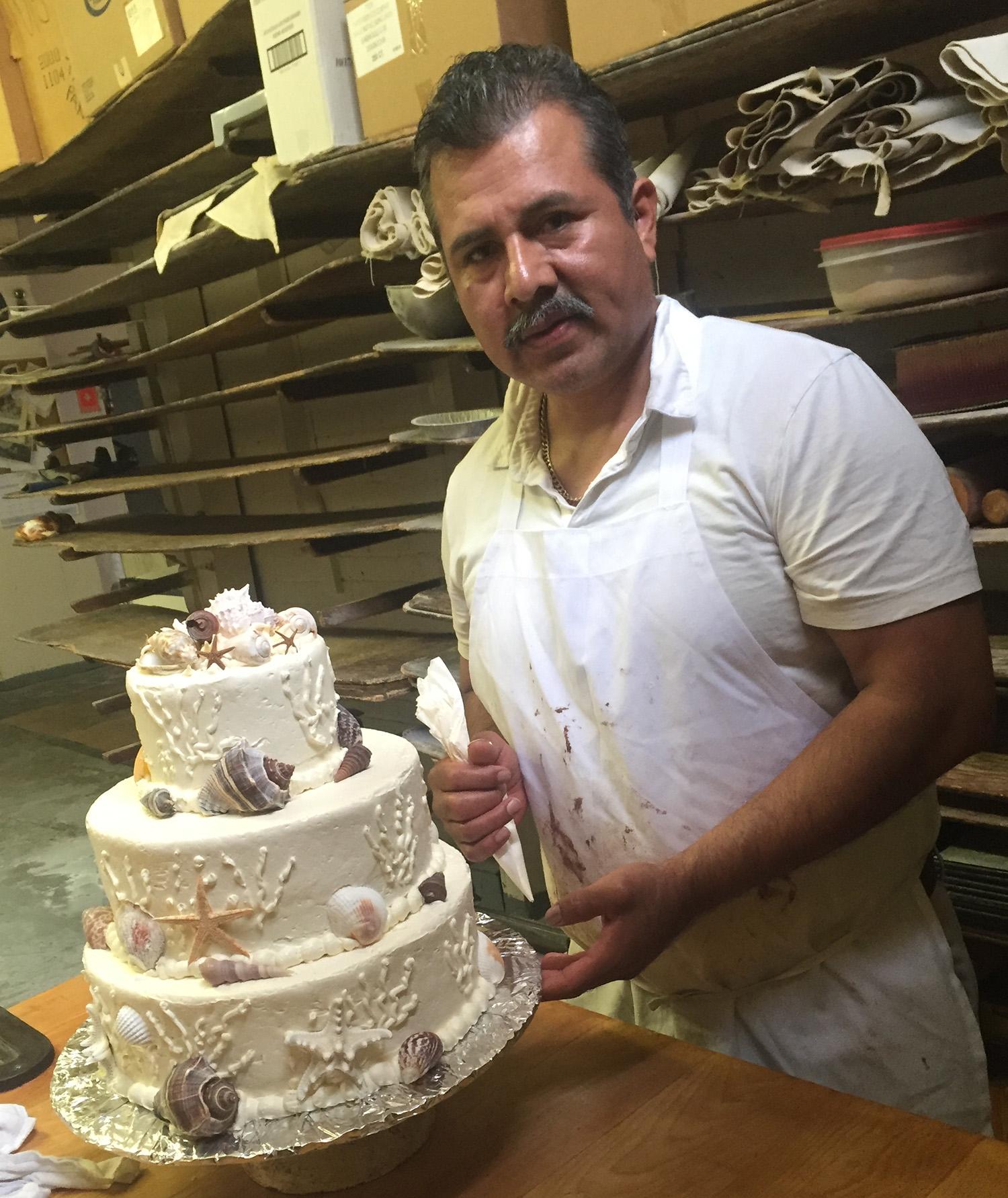 desi-sanchez-owner-hmb-bakery.jpg