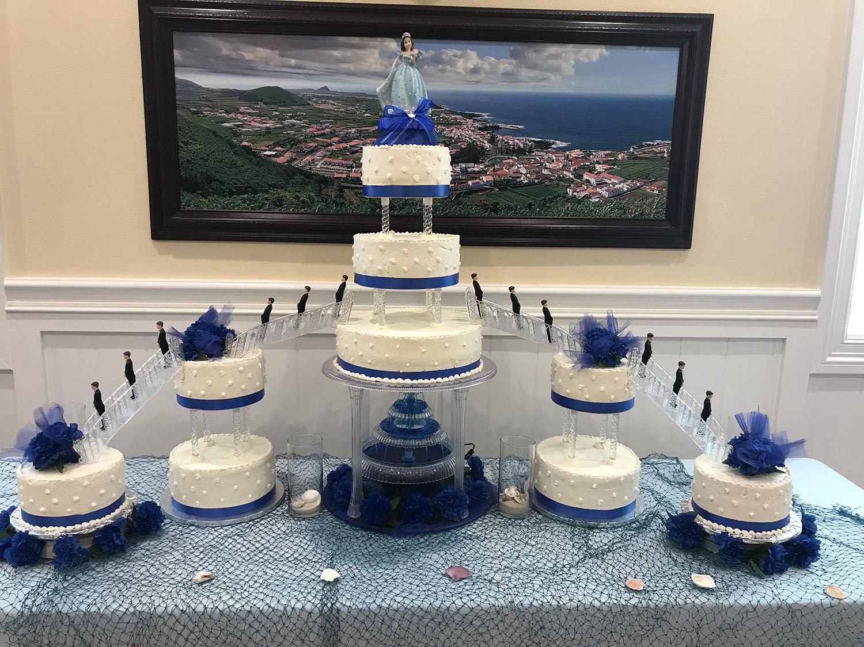 quinceanera-cake-blue-hmb-bakery.jpg