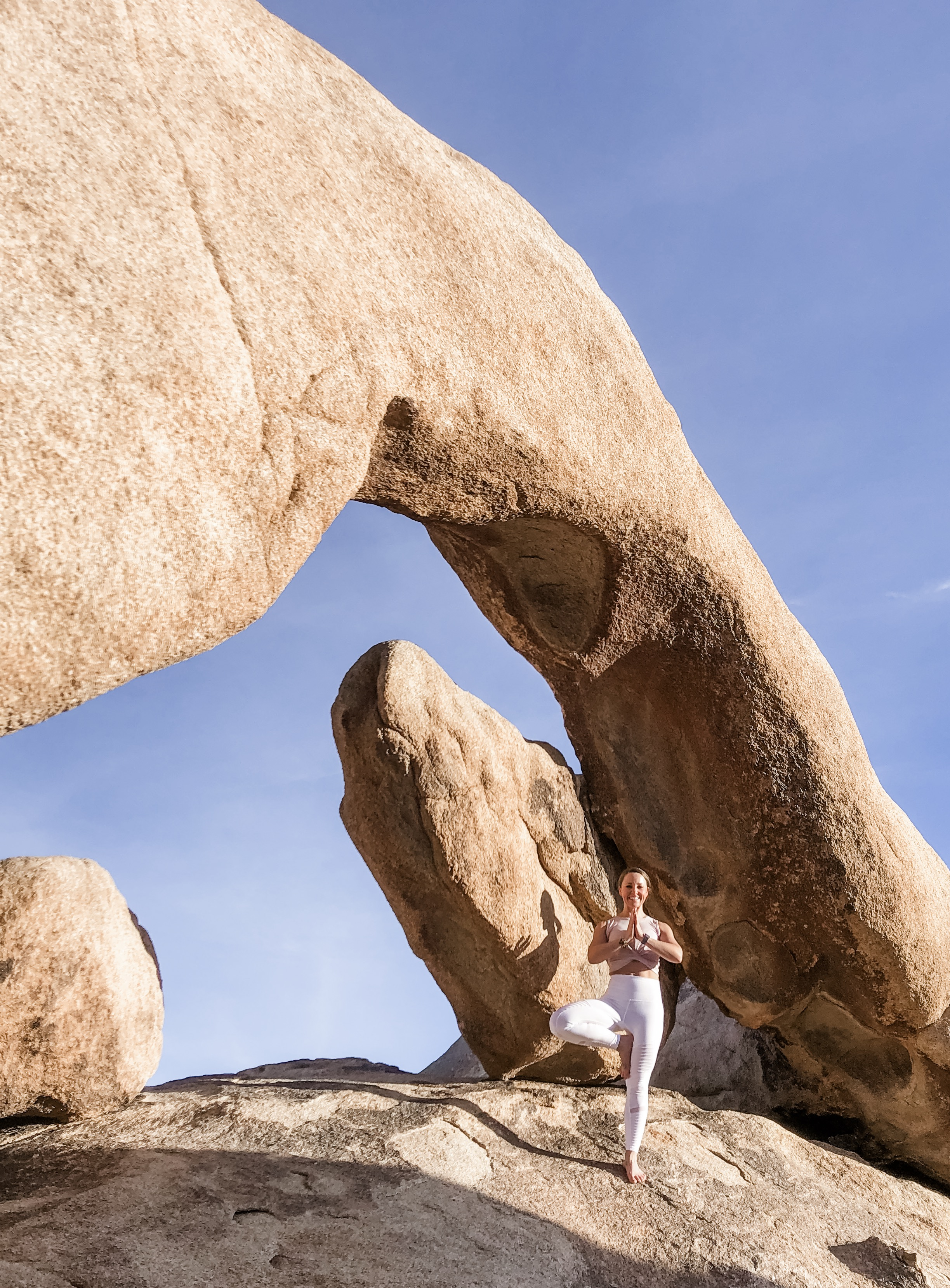 Joshua Tree Arch |  Casual yoga tree pose, of course !