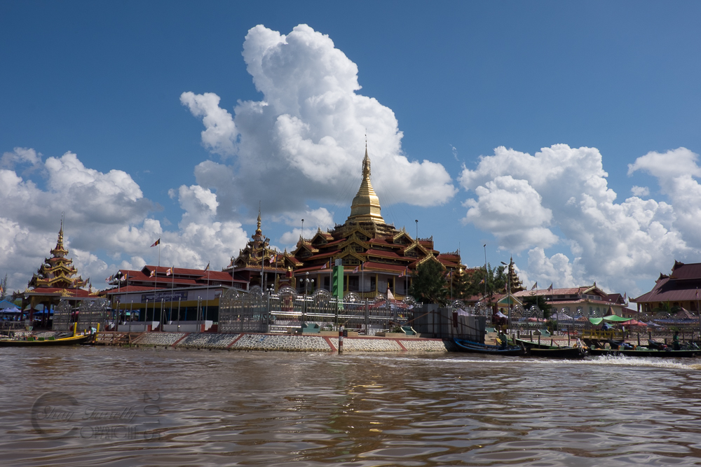 Inle-LakeDay5-2090.jpg