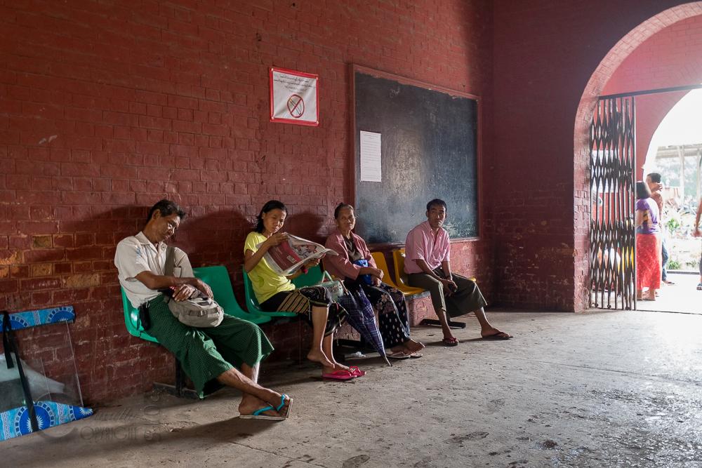 Burma_YangonDay2-6827.jpg