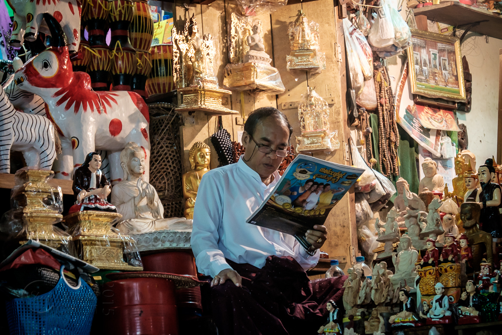 Burma_YangonDay2-0095.jpg