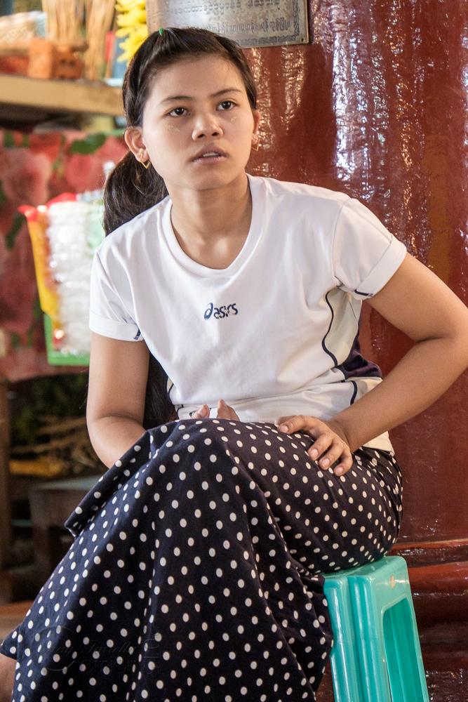 Burma_YangonDay2-0105.jpg