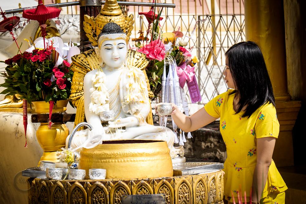 Burma_YangonDay2-0151.jpg