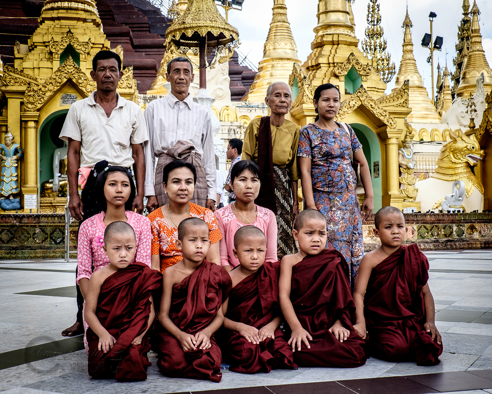 Burma_YangonDay2-0365.jpg