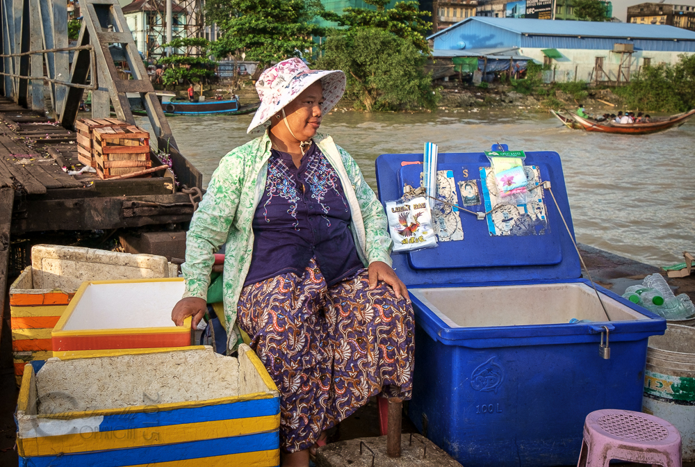Burma_YangonDay1-6682.jpg