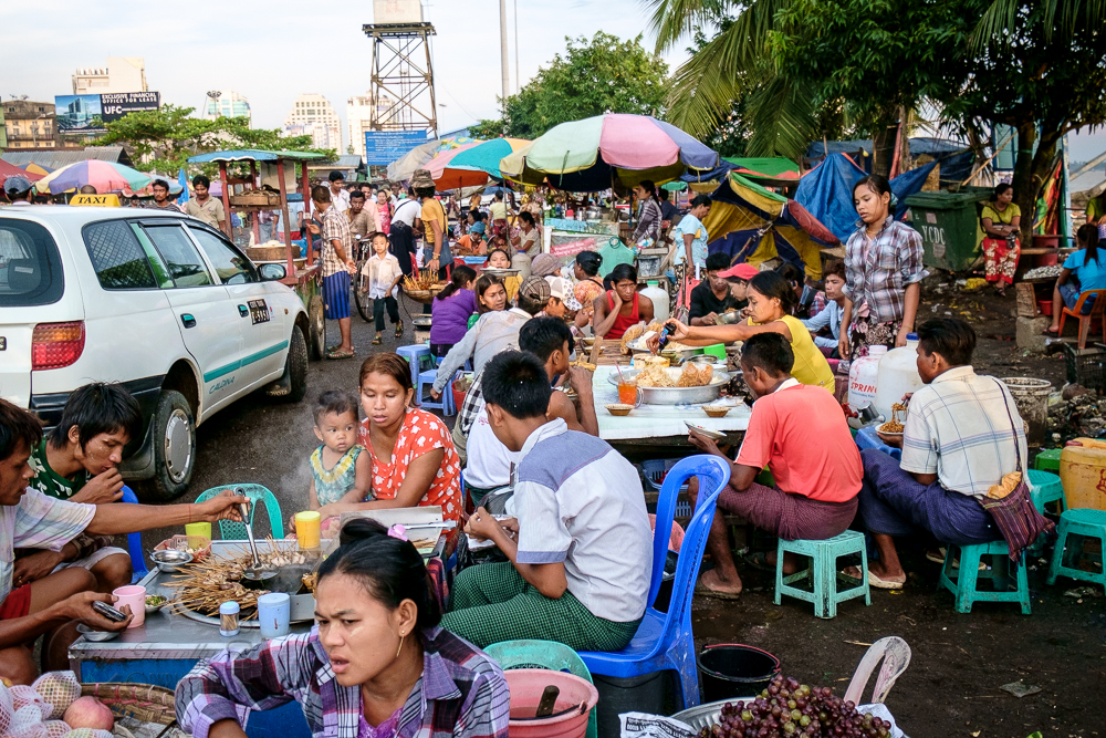 Burma_YangonDay1-6684.jpg