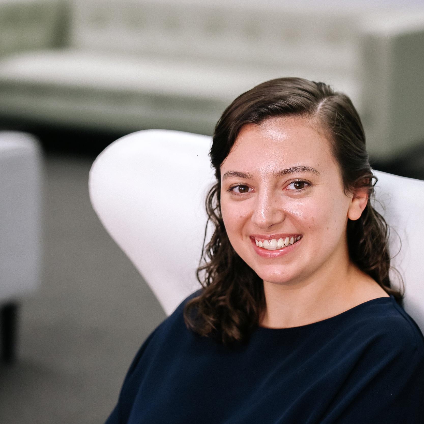 Chrissie Looyschelder - Architectural Graduate