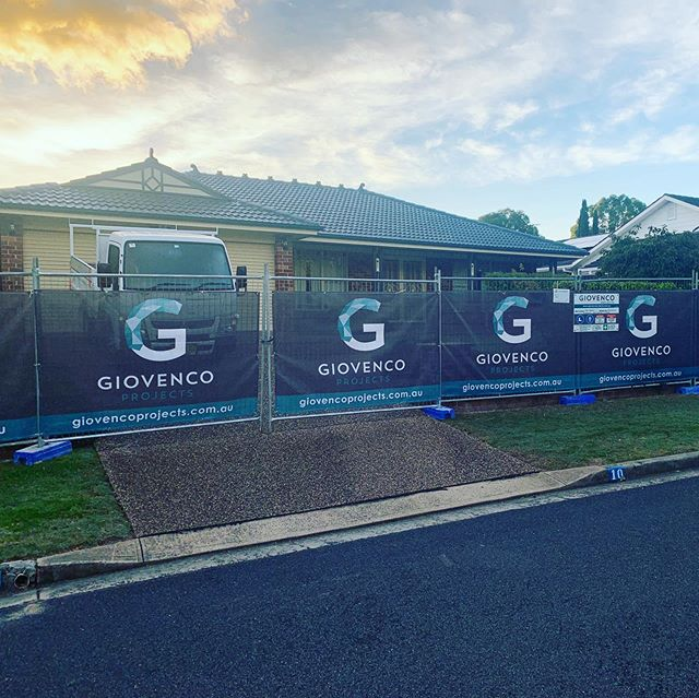 All locked up and ready to go. Demo just commenced and the team is focused on getting this Elderslie family back into their renovated home ASAP. #topfloorextension #renovation #buildinggreatspaces #attentiontodetail