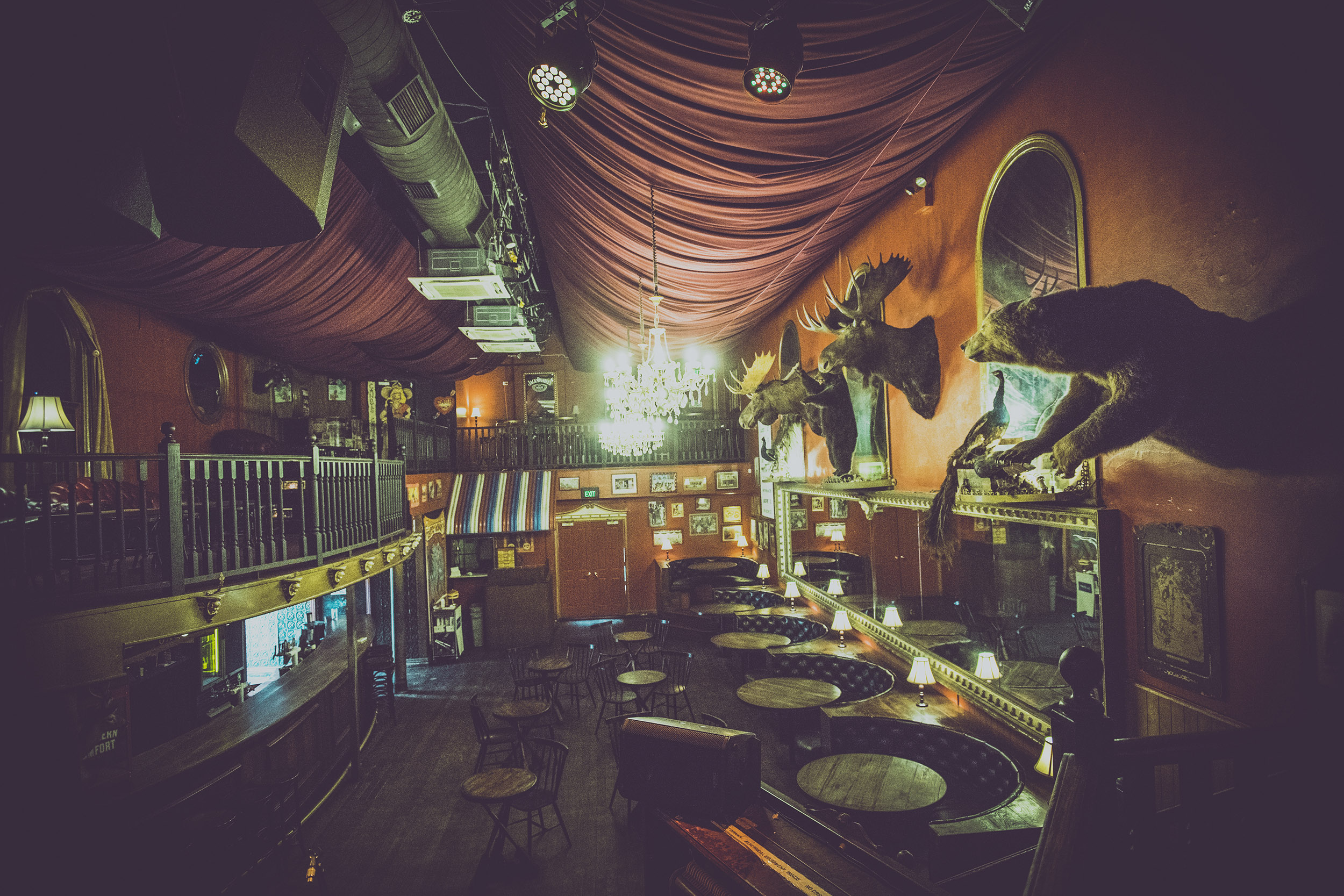 Leftys Main Bar.jpg