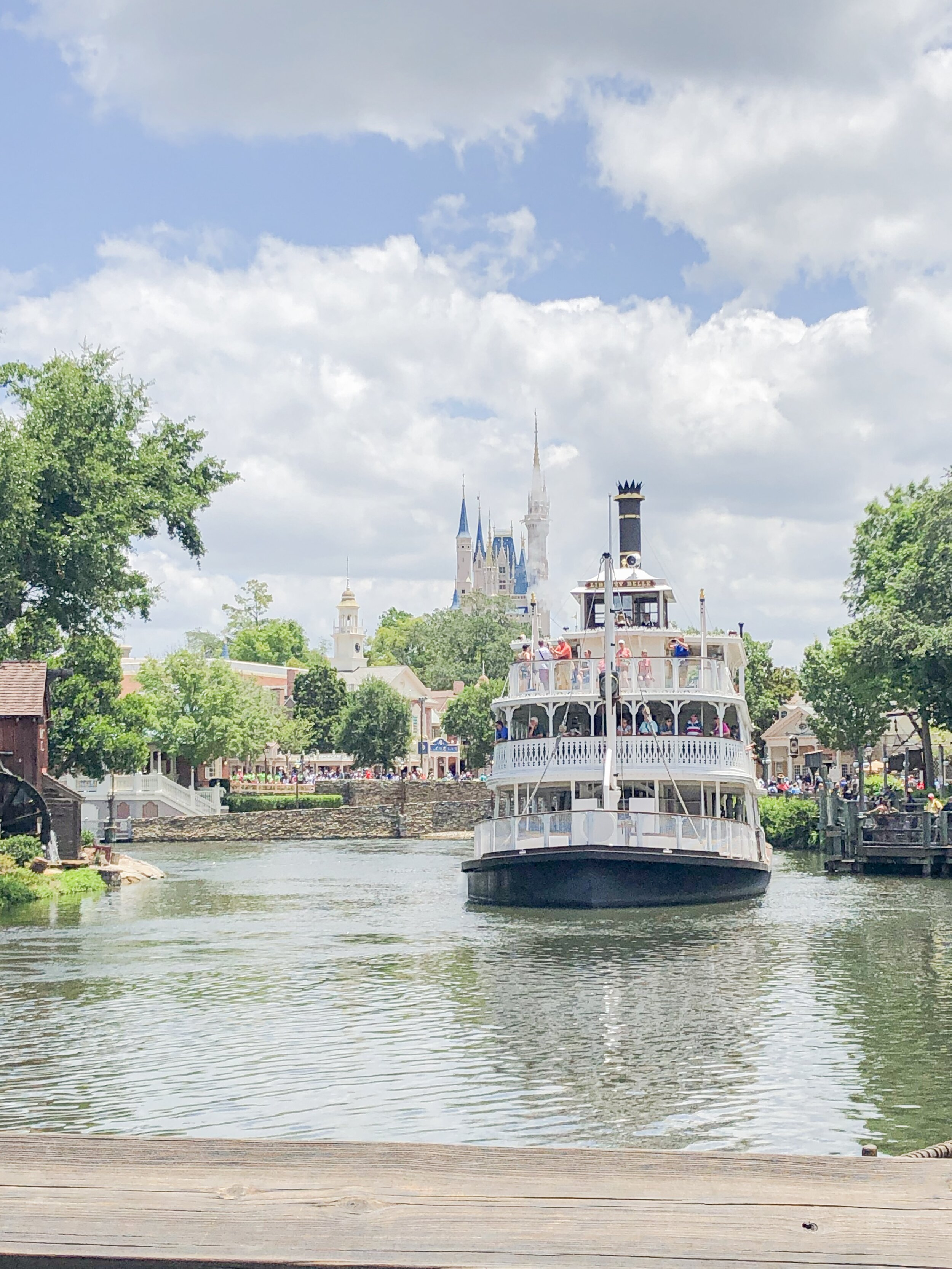 Riverboat with the castle in the background at Magic Kingdom in Disney World.