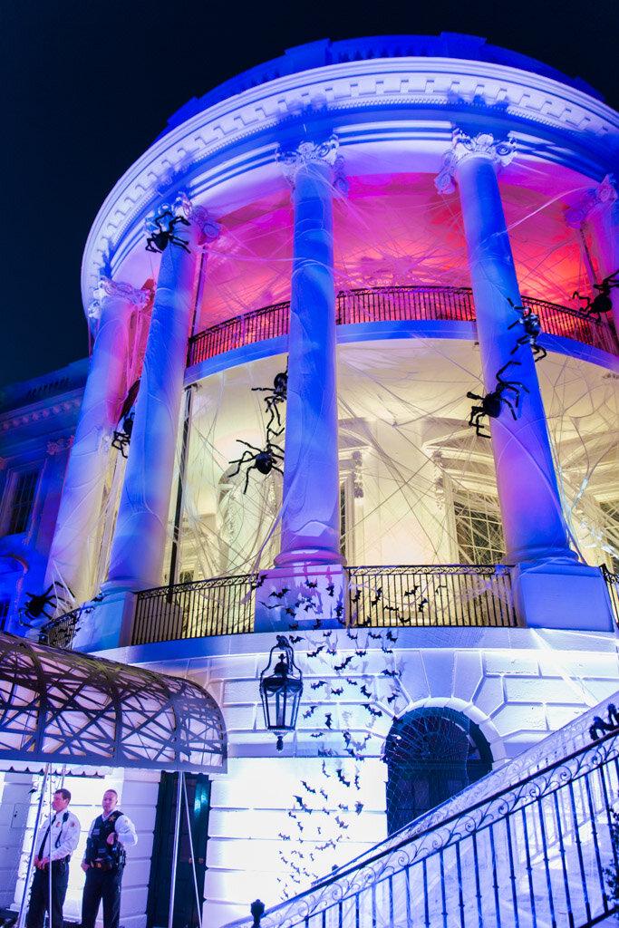 white-house-halloween4-abroad-wife.jpg