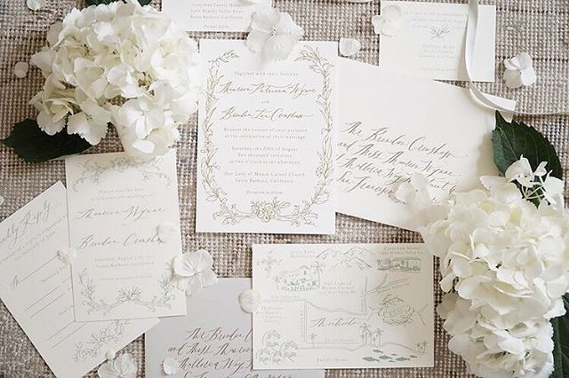 Details for a wedding in the foothills of California. Featured in @overthemoon and photographed by @mksadler _________// . . .  #signoraemare #handmade #waxseals #papermaker #stationery #weddingstationeryideas #organiccalligraphy #calligraphy #flourishforum #creativityfound #pursuepretty #flatlay #papercraft #dscolor #paperlove #bespokewedding #handsthatmake #californiawedding #madebyhand #ligaturecollective #calligritype #dailydoseofpaper #wearethemakers #stsignora #papergoods