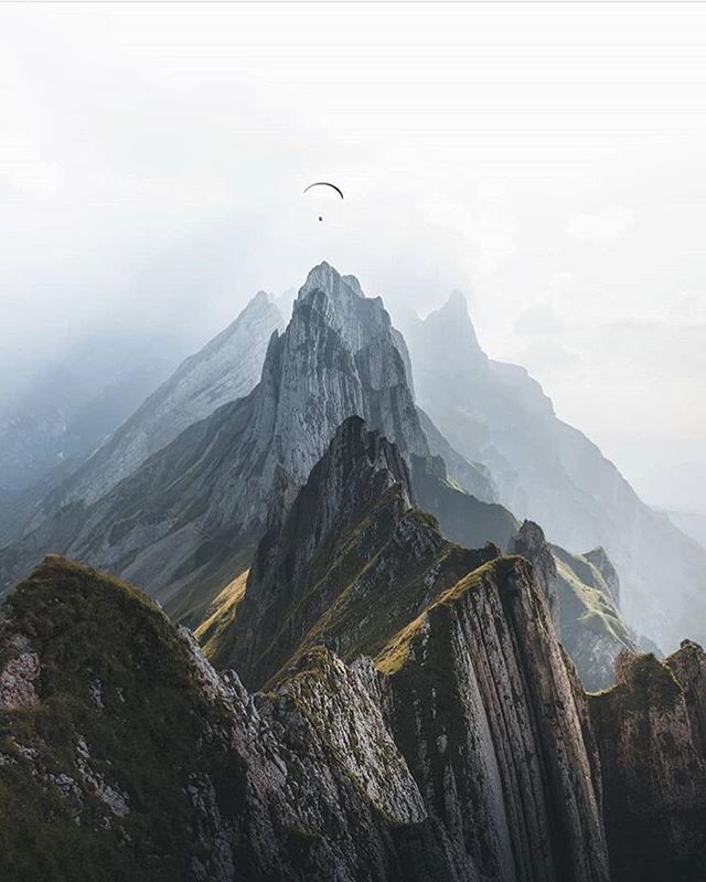 Thank you @lukas.schloesser for the inspiration... and yes, the view from the air is magnificent once you overcome the fear of running off a cliff