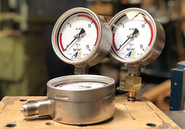 ⚡️⚡️Customized Pressure Gauges ⚡️⚡️ Custom made for all applications! ⛽️💎⚙️🔌 . . Disclaimer: Does not test blood pressure at this time of year #sillyseason 🤪🎅🎁 . . Contact us today! Links in bio  #customized #pressuregauge #bloodpressure #pressure #armstrong #armstrongenergy
