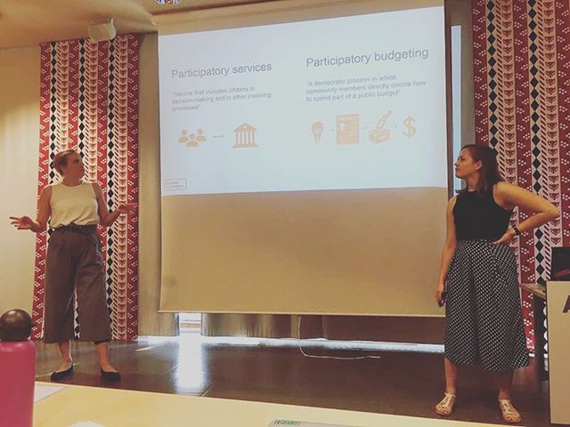 Last week ITP students pitched the ideas they have been working on, and the next three weeks will be spent finishing off the projects! In the picture, Team Jobs is giving its presentation about digital co-creation of services. Their solution is based on a challenge given by the city of Helsinki 🏙 #aaltoitp #aaltobiz