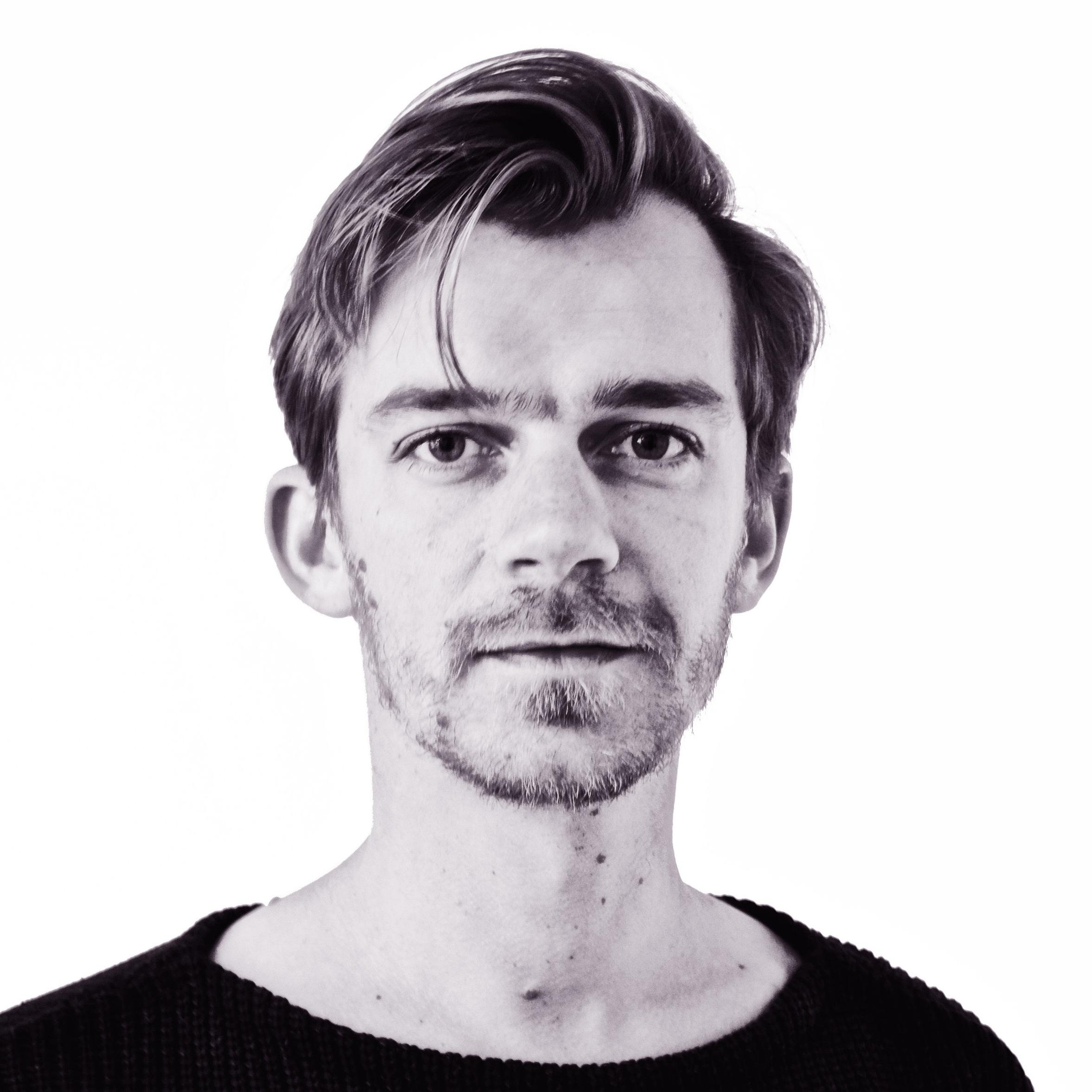 Simon de Koning - CEO - PRODUCTsimon@hiteleven.com