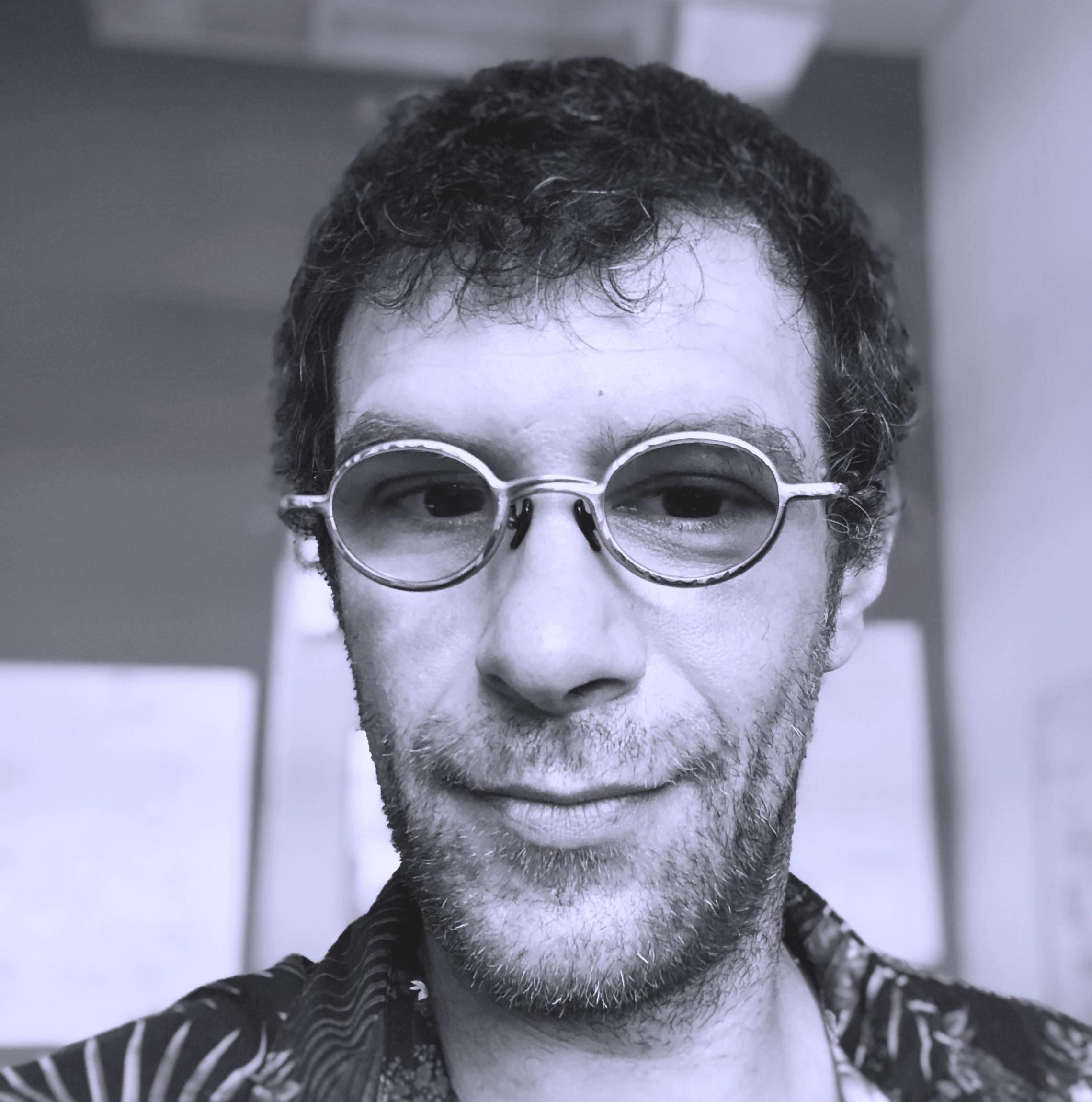 Alessandro Aresta - CTOalessandro@hiteleven.com