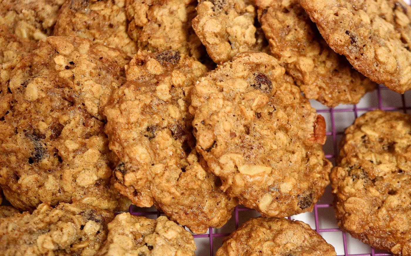 oatmealraisincookies1.jpg