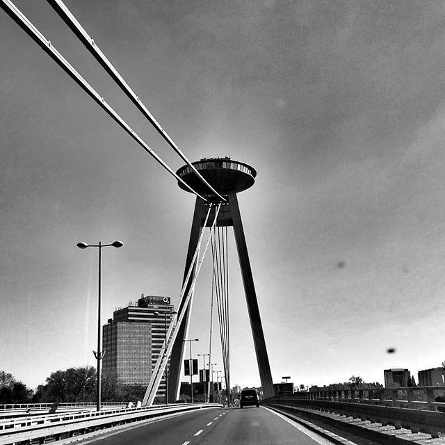 #danielEYEs #architecture #architettura #ufobratislava #bratislavacity #igersbratislava #slovakia #slovacchia #igerspnintrasferta