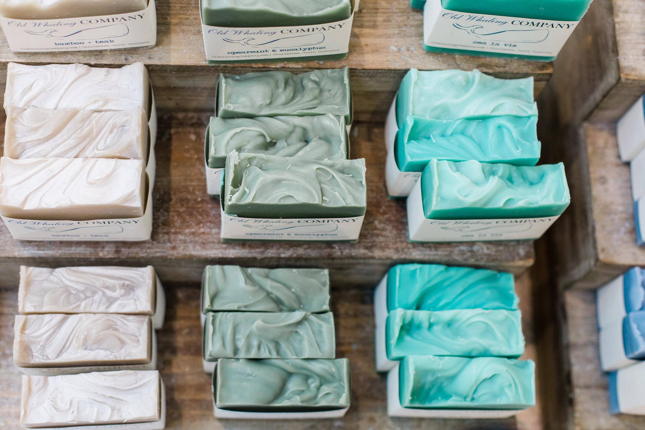 Cosmétiques, shampooings solides et savons -