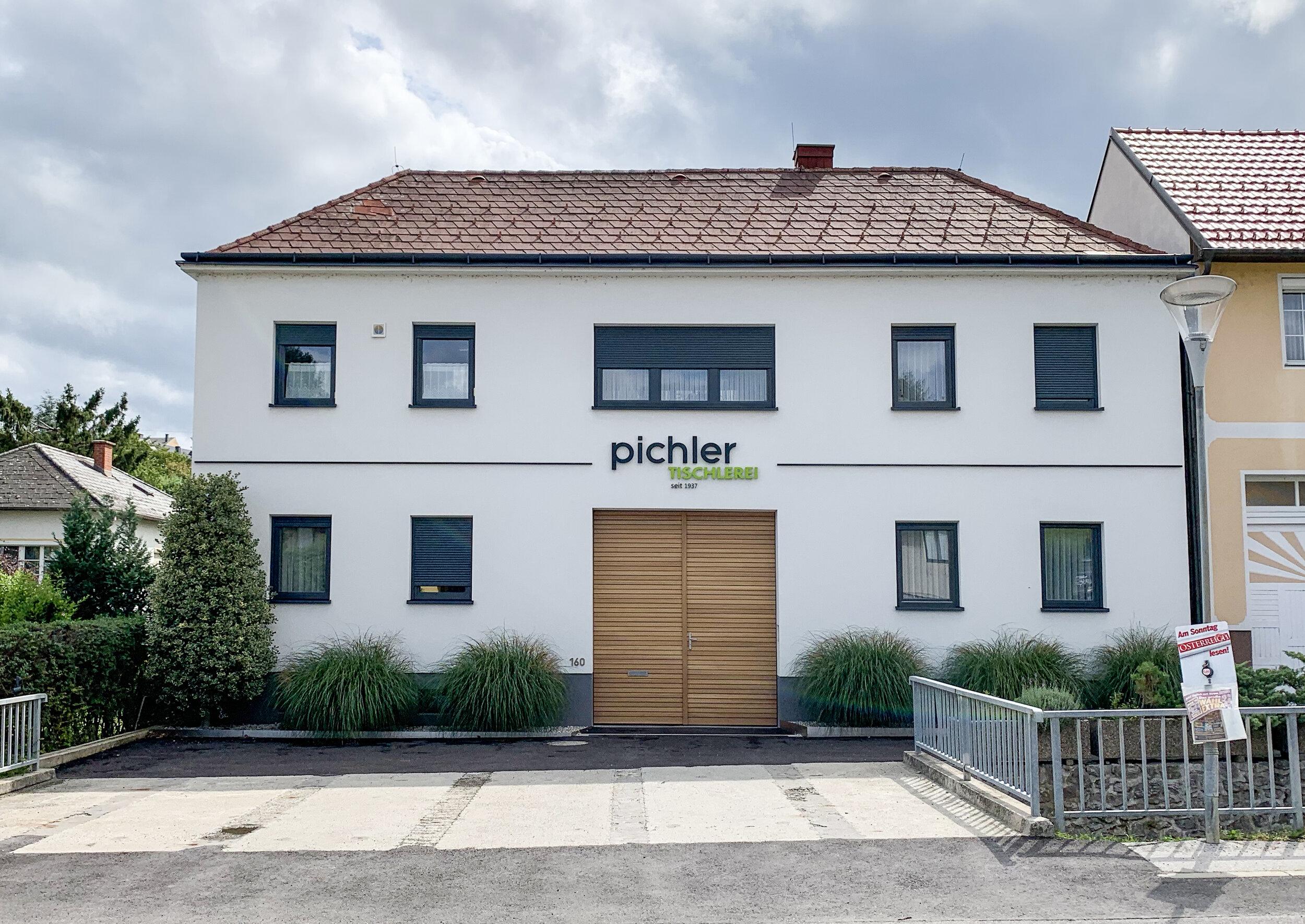 Hausfassade-Tischlerei-Pichler