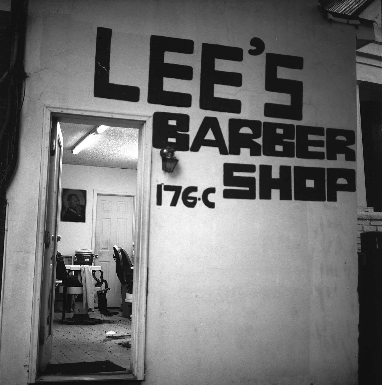 Barber shop with picture of Martin Luther King