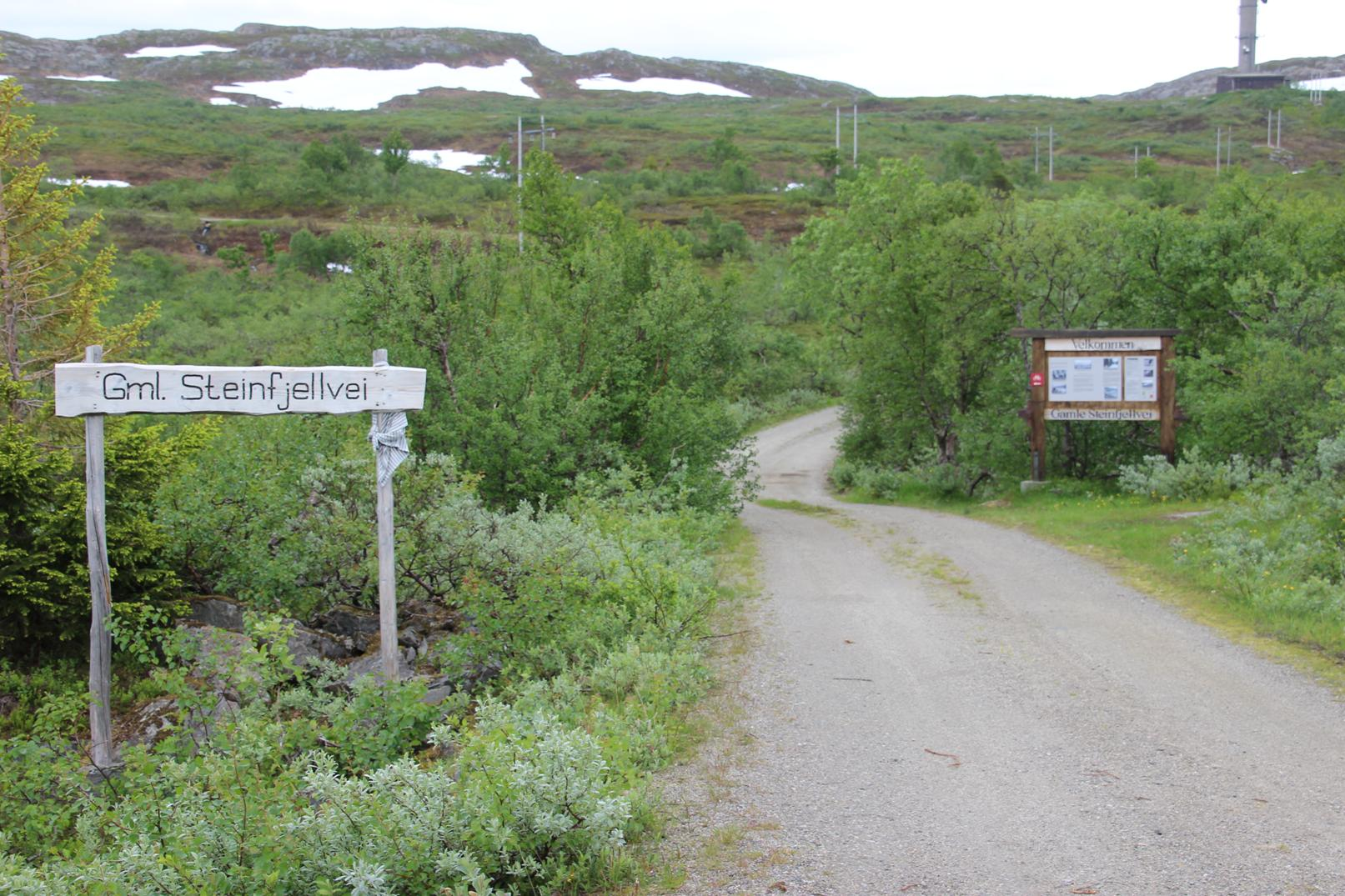 Avkjørsel fra vest til gamle Steinfjellvei fra vest. Foto: Odd Bakken