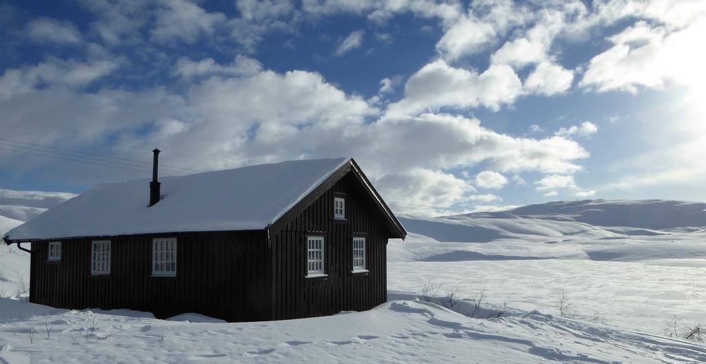 Finntjønnhytta på Nordre Steinfjellet
