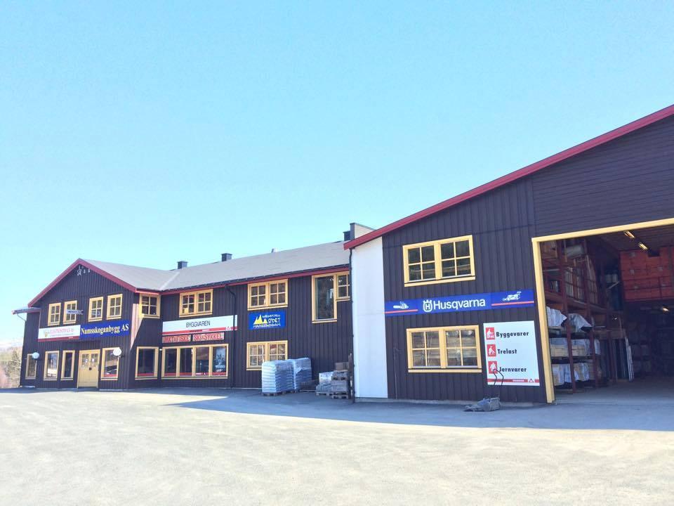 Butikk og trevaren på Namsskogan