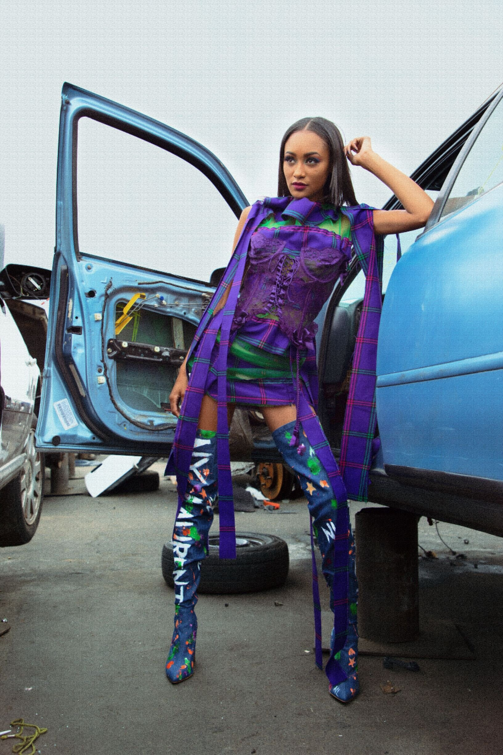 Model proves even broken down cars can be high fashion