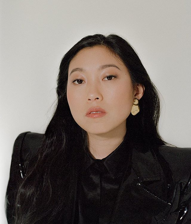 We went to a screening of @thefarewell, fell in love with the incomparable @thumbelulu and left in puddles of tears by @awkwafina's amazing performance 🥺 Grab your tissues, hold your grandma tight and see #TheFarewell this weekend 🌷#Awkwafina x @wsjmag digital cover - online now! #SPgotyoucovered 💥