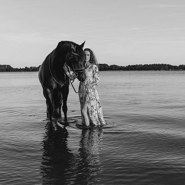 Ik kan foto's blijven delen 😊😍 zijn jullie klaar voor paarden spam? Hahaha
