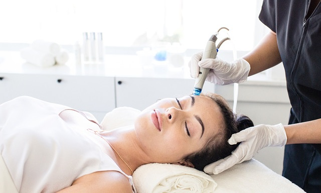 Hydrafacials - A non invasive facial treatment to help achieve a deeper clean that will leave skin feeling refreshed