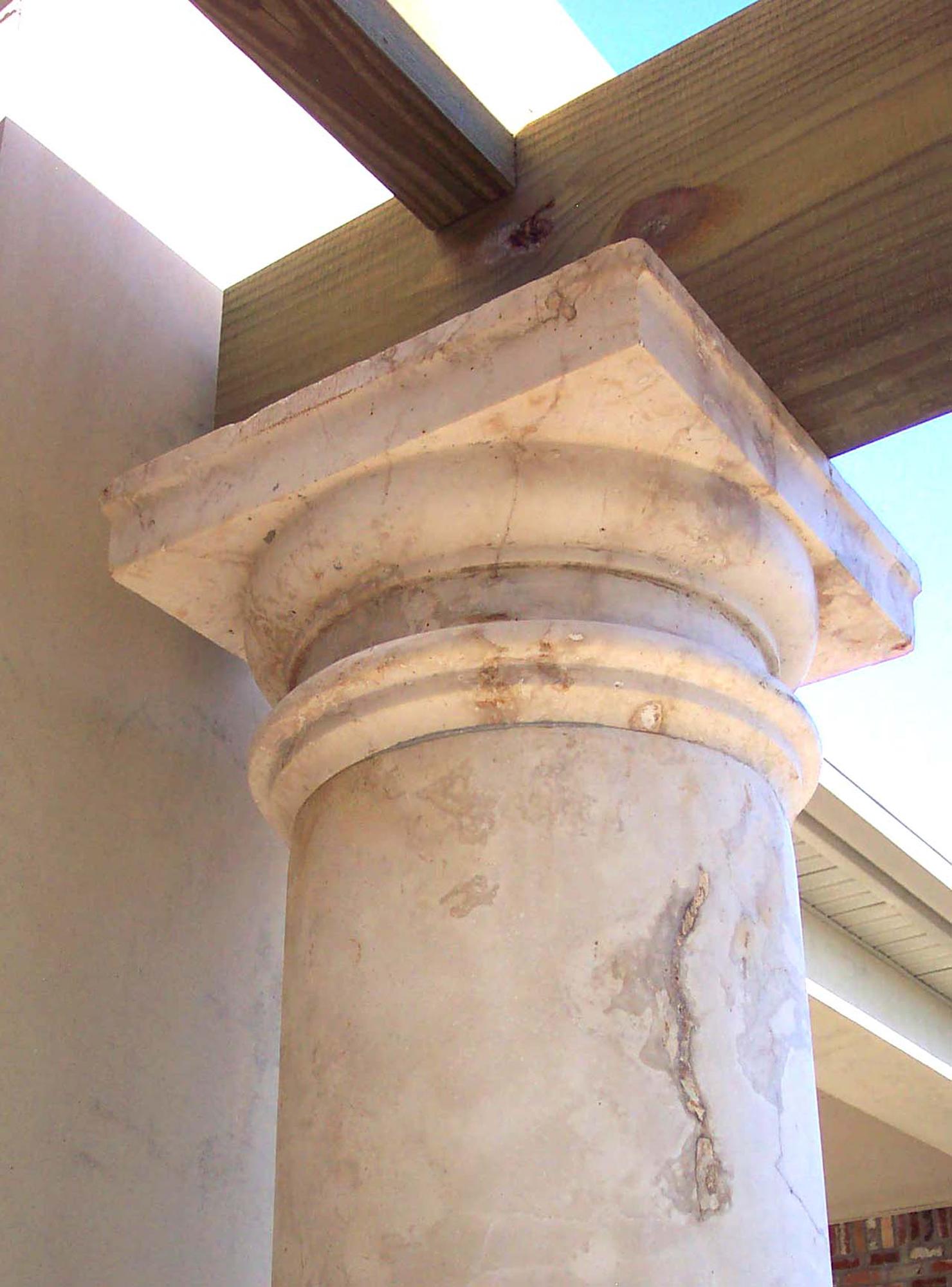 Column capital_Tuscan_closeup_Price_1480x2000_DCP_5430 cropped 2.jpg