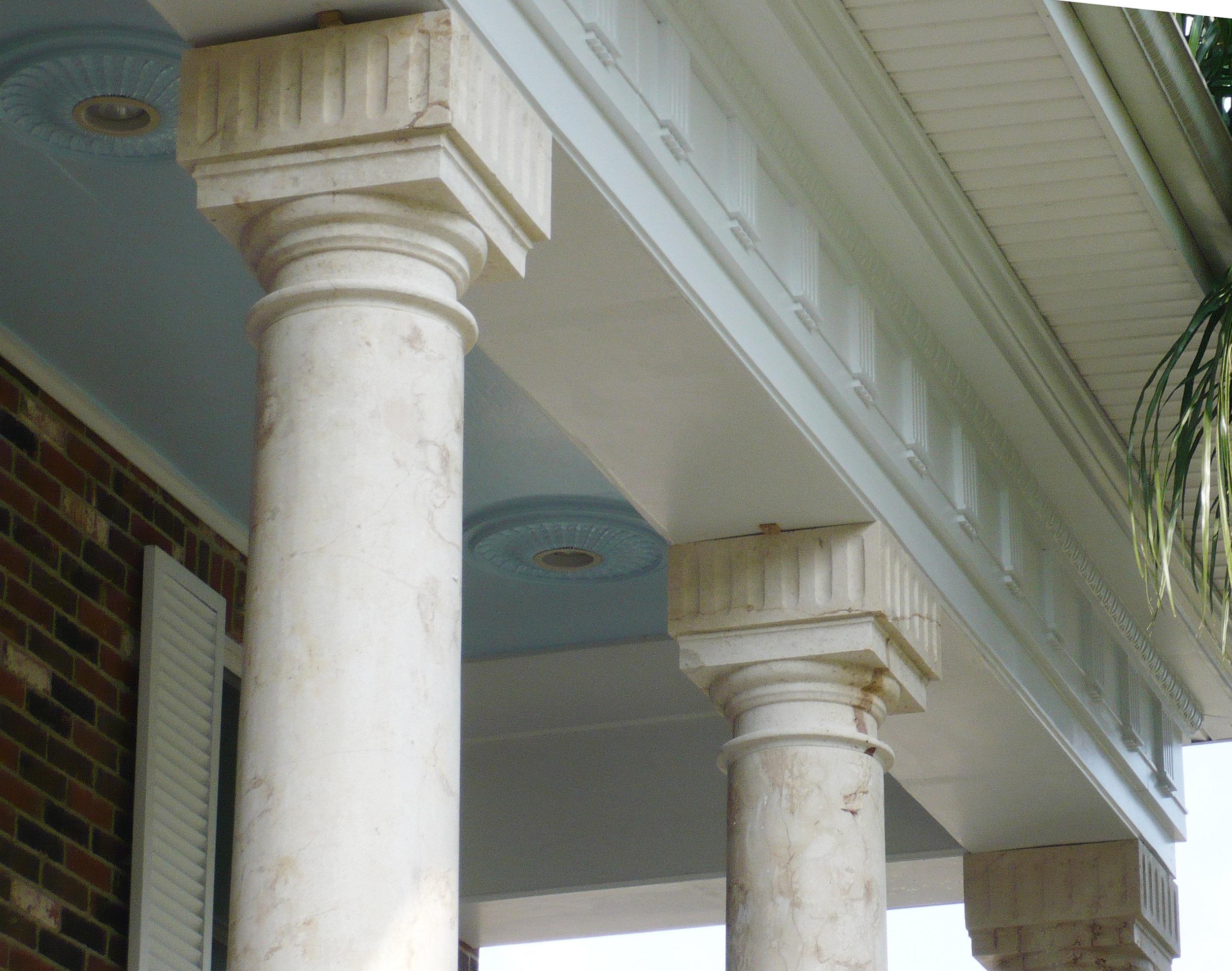 Polit columns. detail at top. May 09, 2009. P1040913.jpg