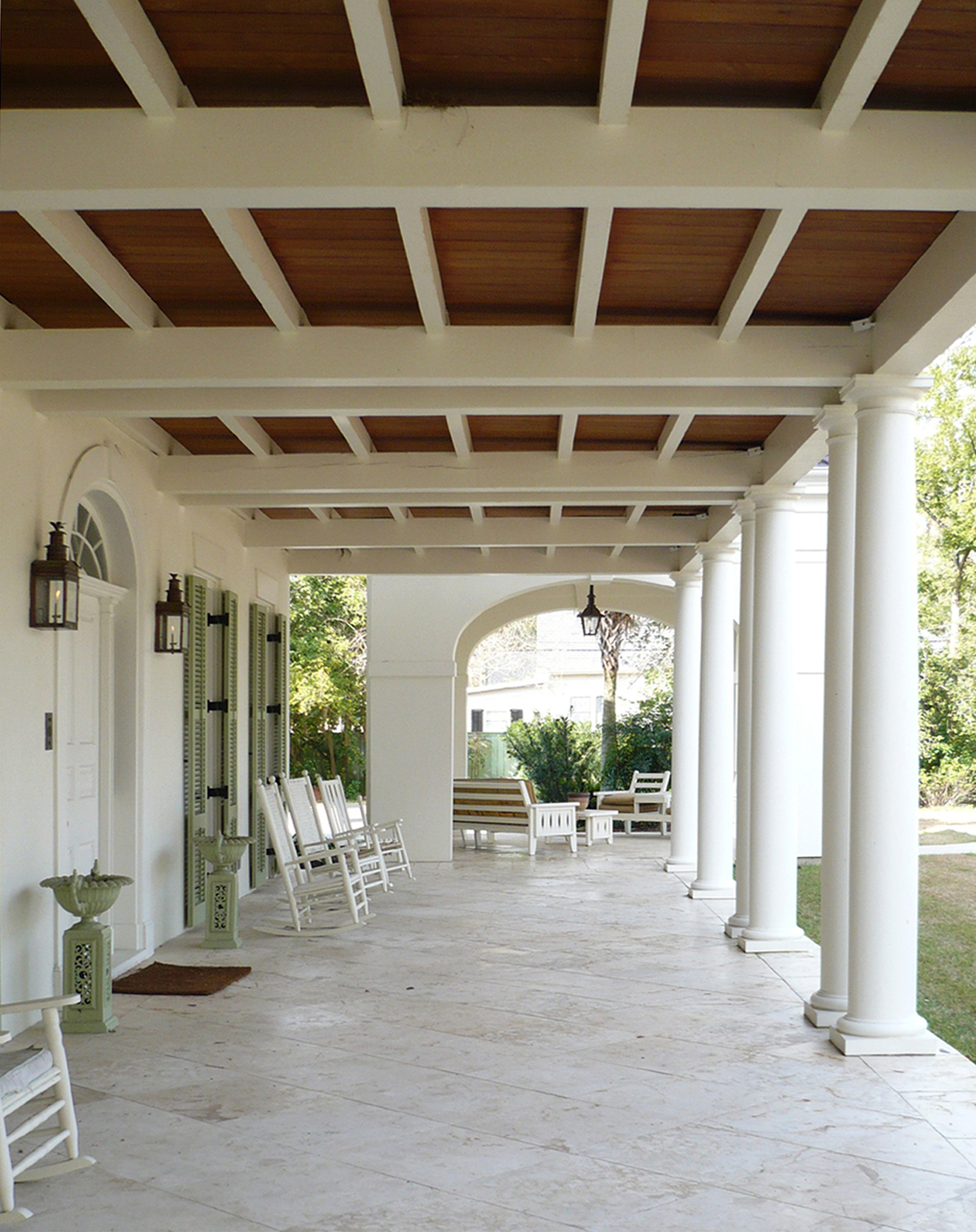 Pritchard_Macedonia front porch_1584x2000_P1030991.jpg