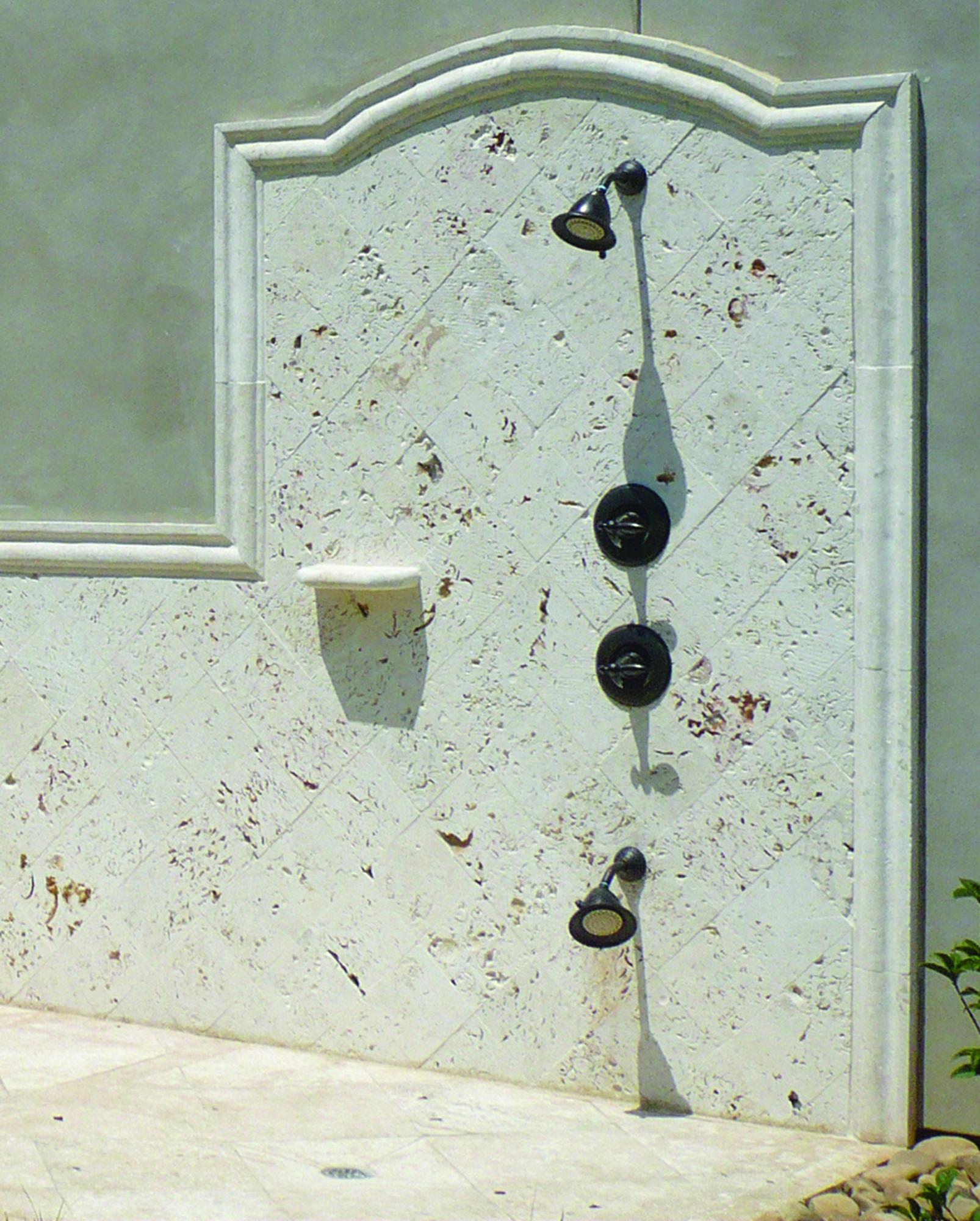 Ostra ext. shower wall_detail_1606x2000_P1050202.jpg