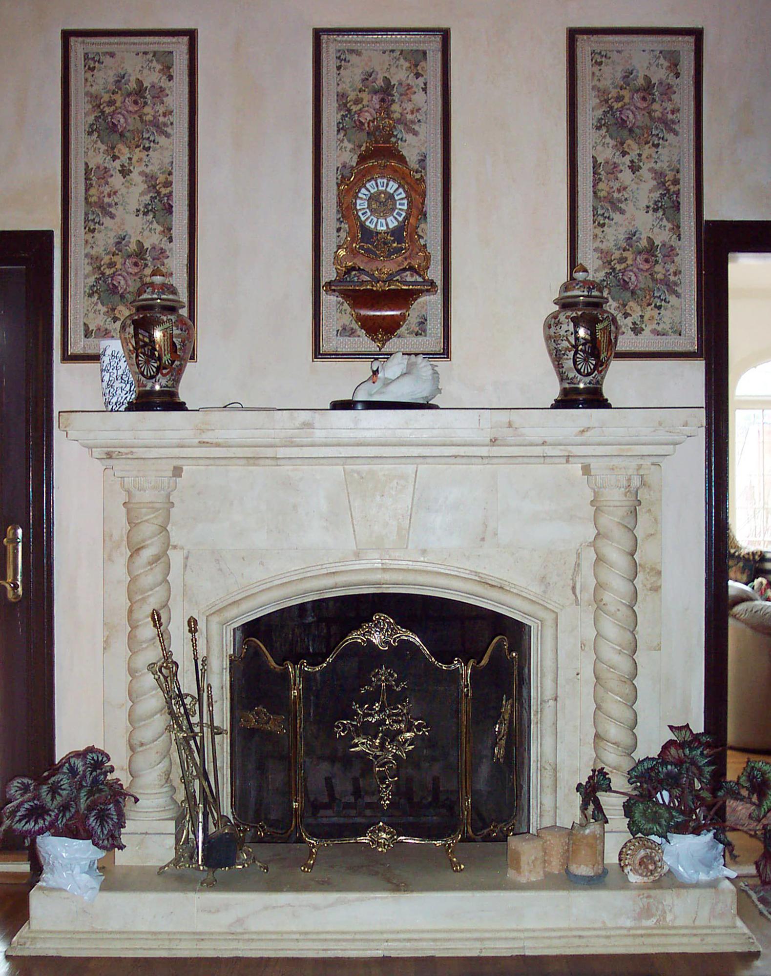 Classic Federal Style_Nasser_interior Fireplace_Arabesque_1579x2000_DCP_3025.jpg
