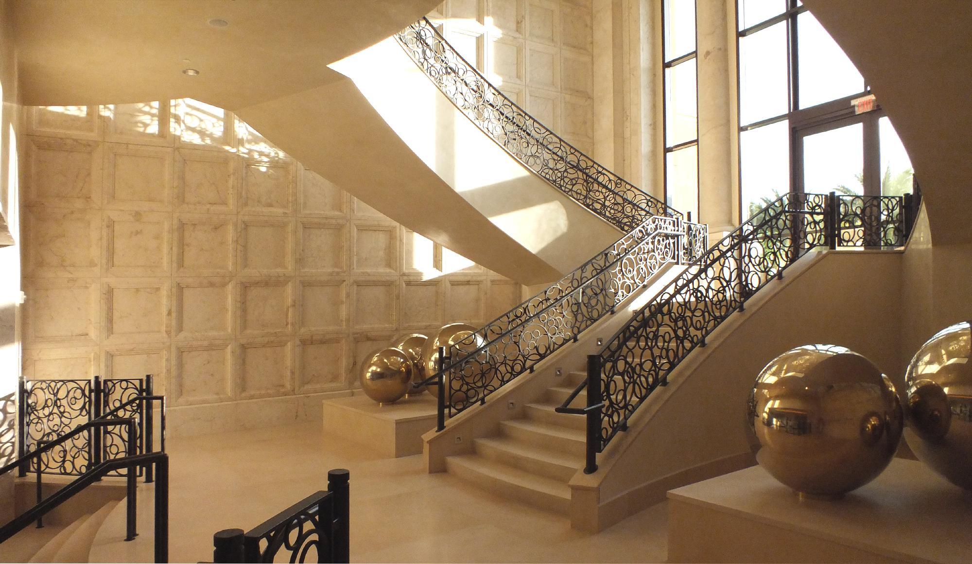 12_2000x1160_stairs from below_DSCF0771.jpg